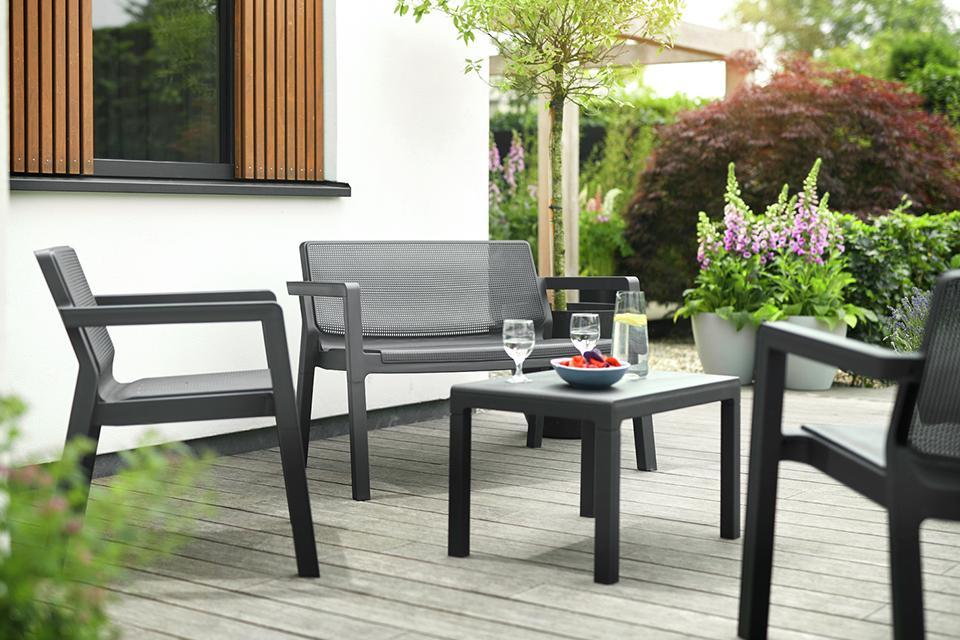 Best Low Plastic Garden Table